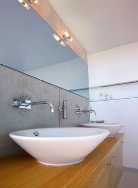VELG RIKTIG: Feil lampetype p? badet kan vaere livsfarlig. Disse, som ...
