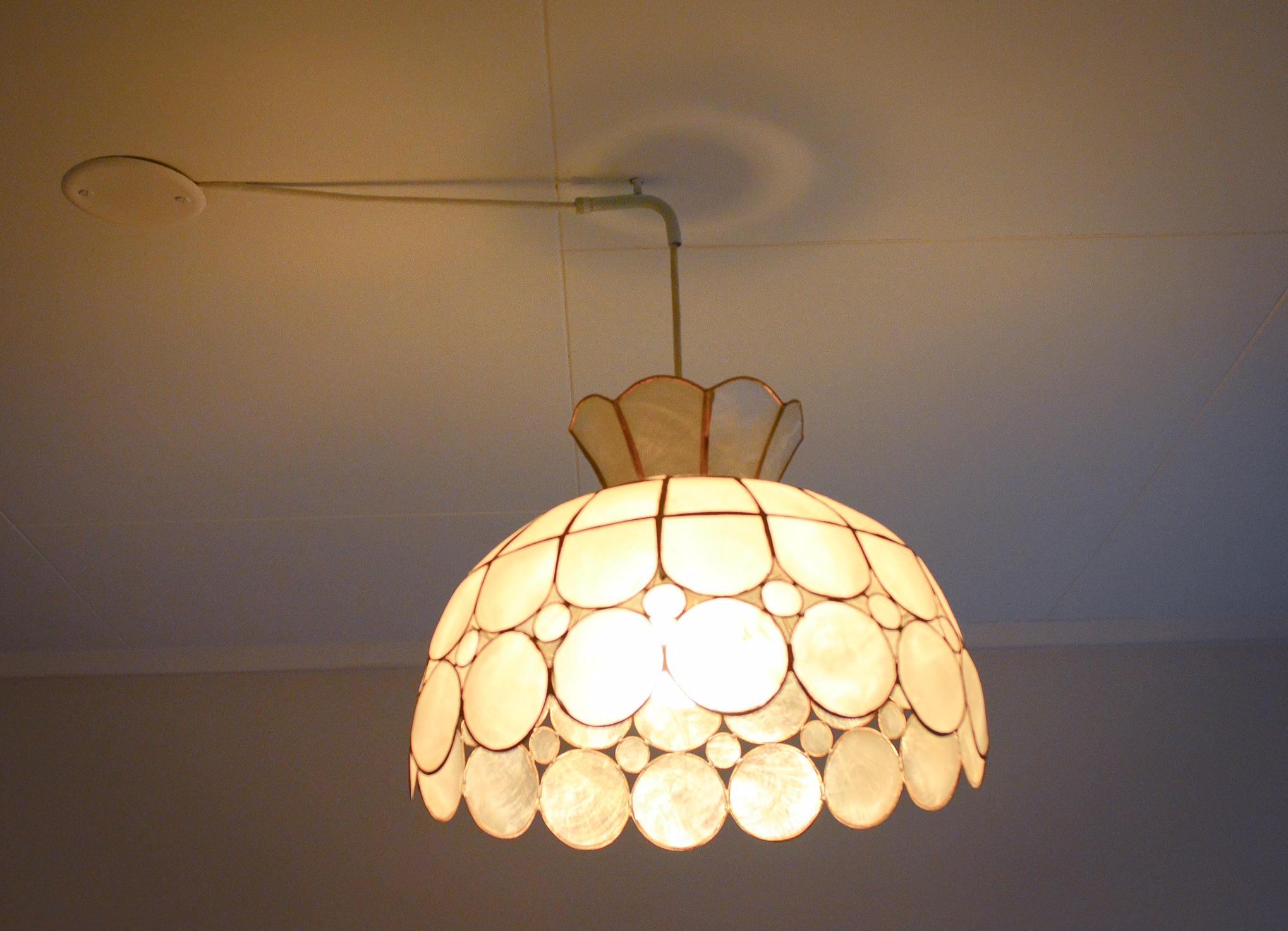 hvordan henge opp taklampe